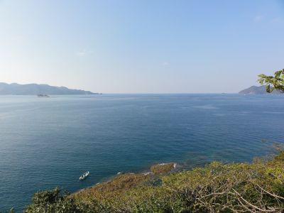 芋崎から浅茅湾を眺望