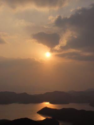 烏帽子岳の夕景