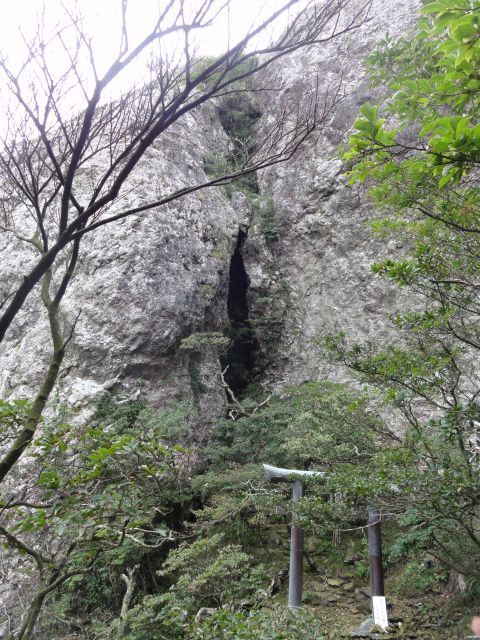 白嶽神社(雌岳)