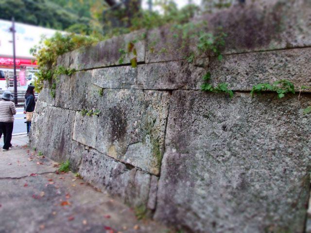 桟原上の石垣