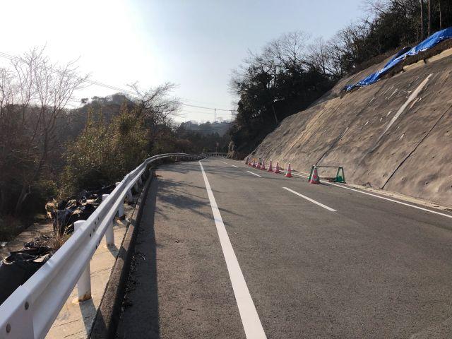韓国展望所への登り坂