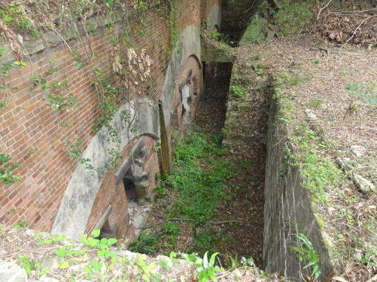 芋崎砲台への道13